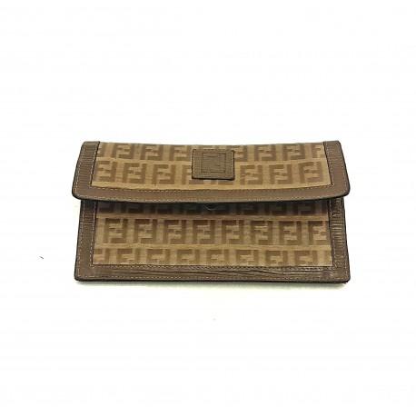 huge discount 26f27 9df20 fendi, moda, shop online, borse, griffato, lusso, firmato ...